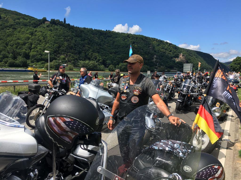 Stefan Dederichs mit Harley