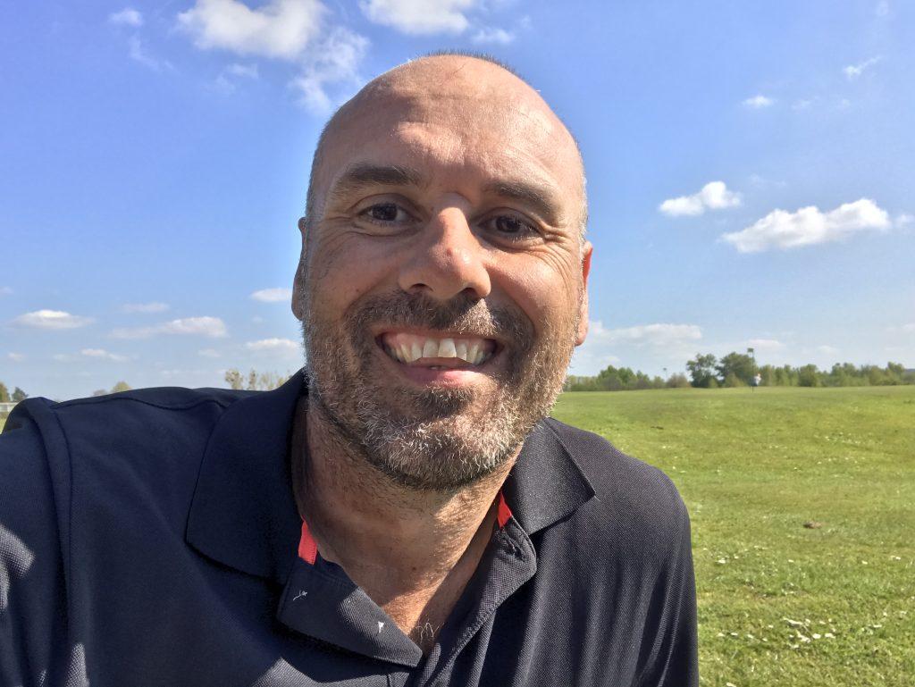 Stefan dederichs beim Golfen